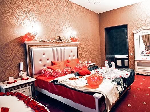 2_hotel - -8773