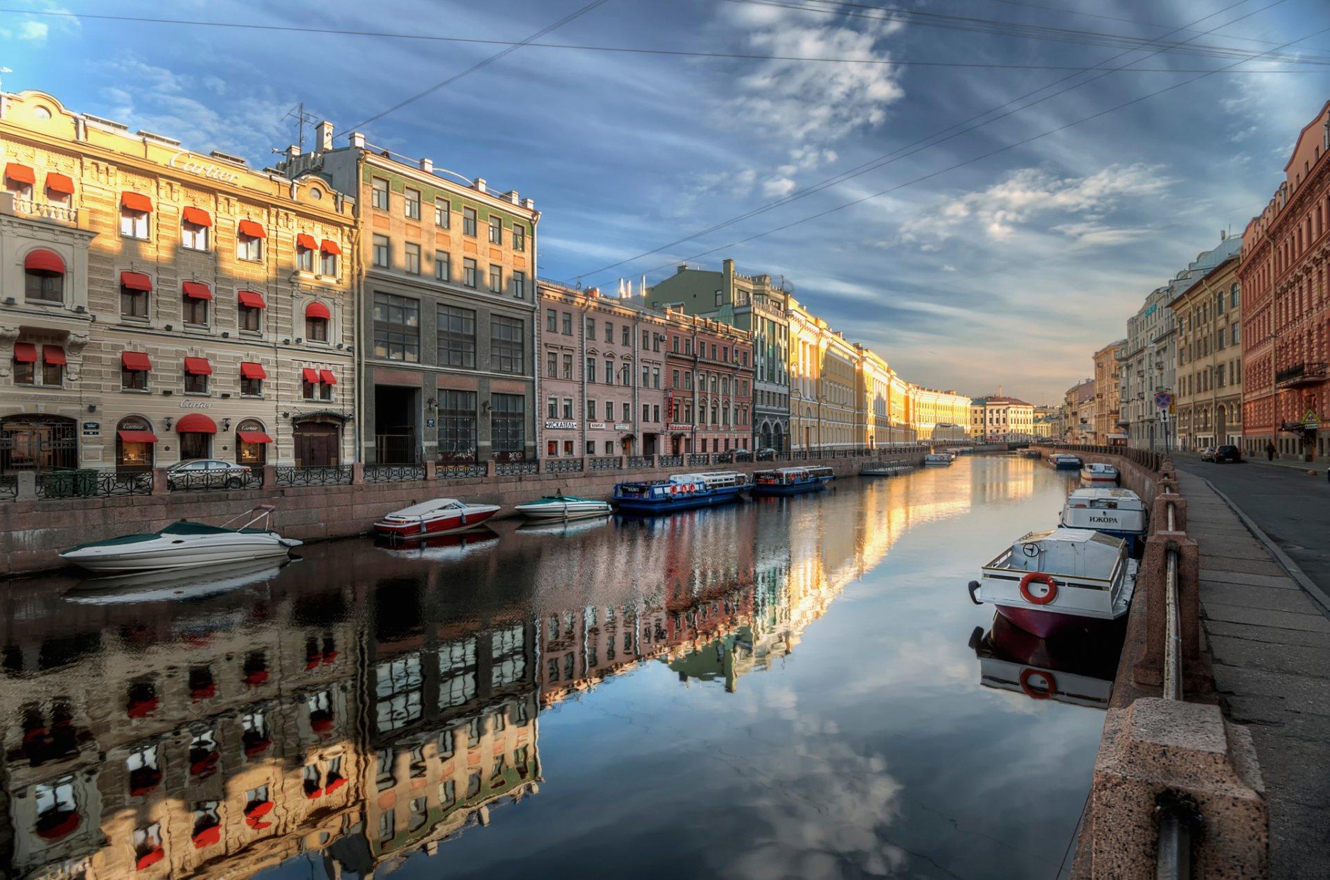 sankt-peterburg-reka-mojka-leto